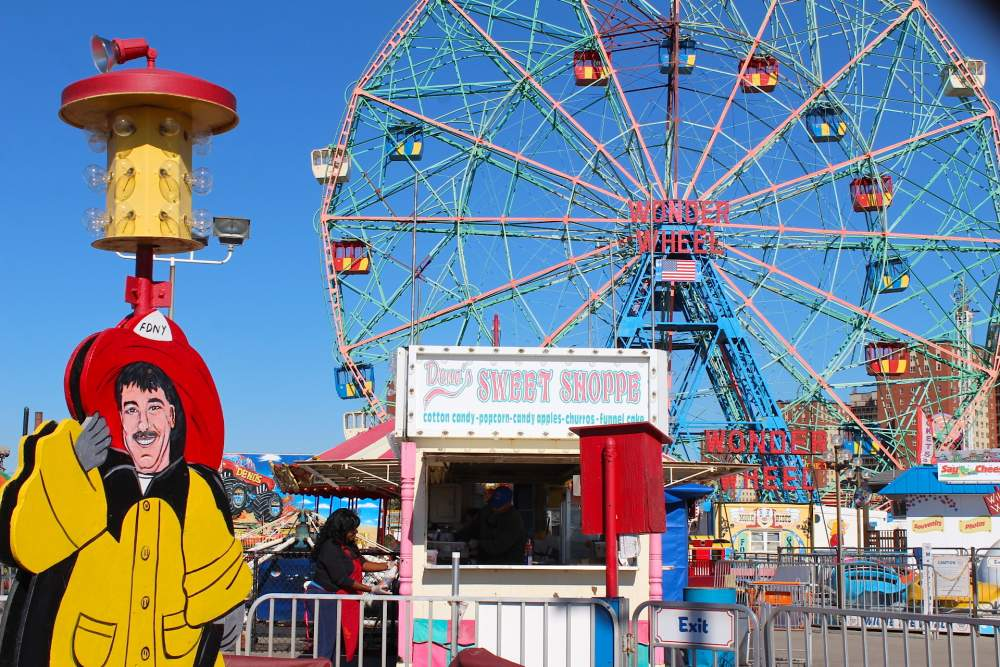 coney island new york city vintage theme park retro  big wheel lifestyle blog fashion