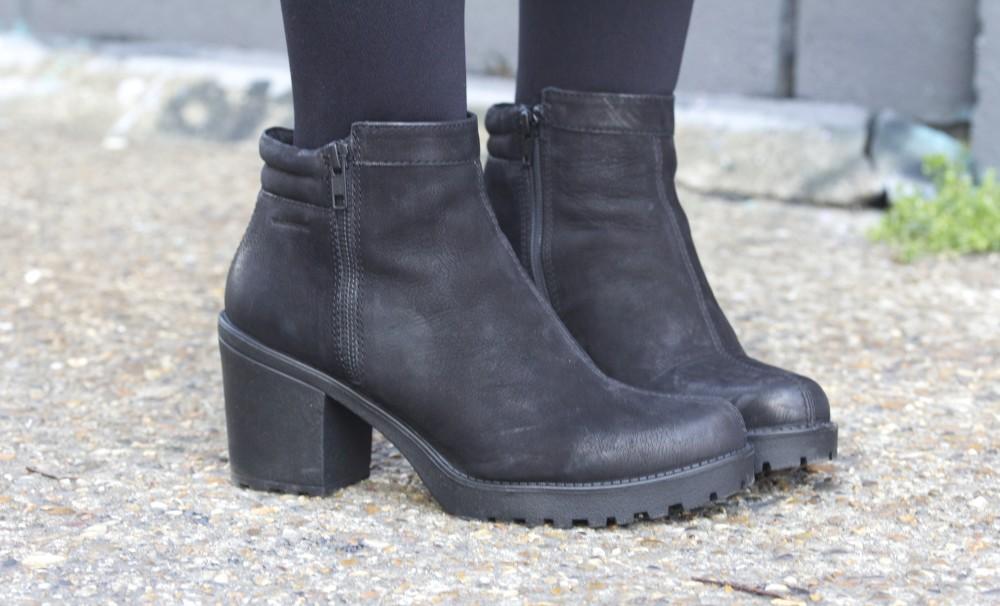 vagabond grace zip boot in black nebuck office side view