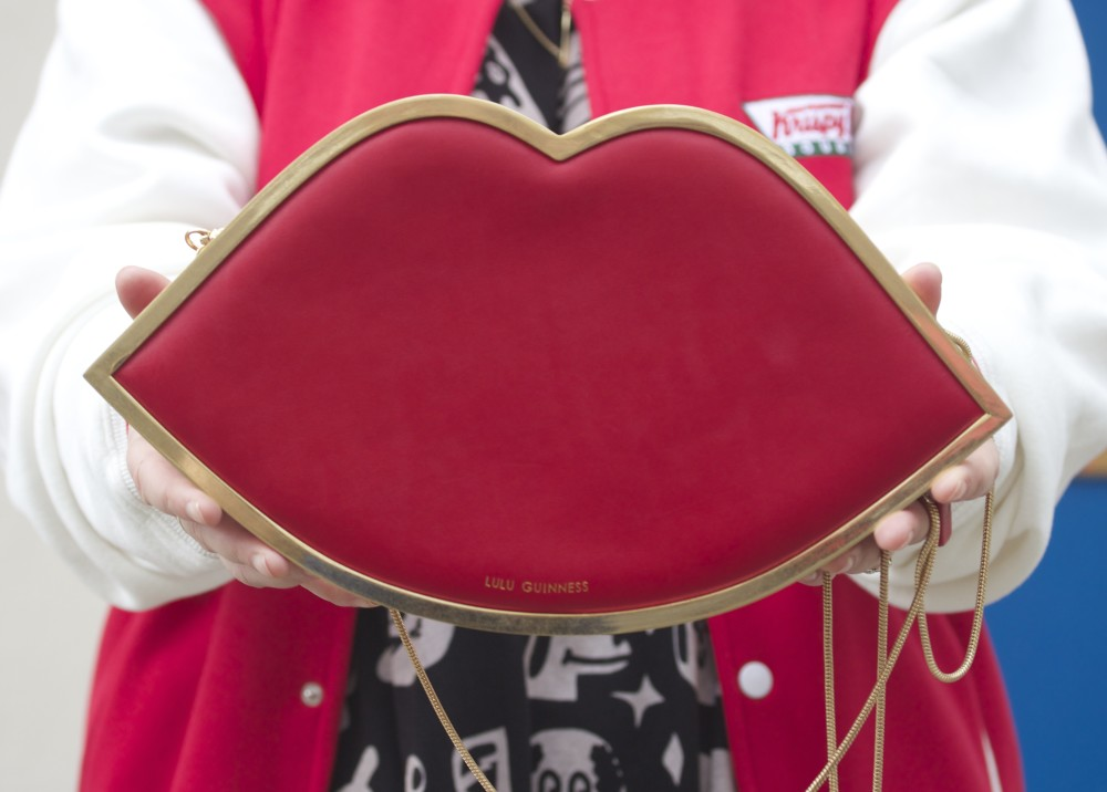 lulu guinness red lips frame handbag bag