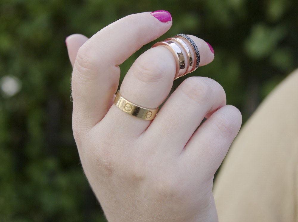cartier love ring in gold