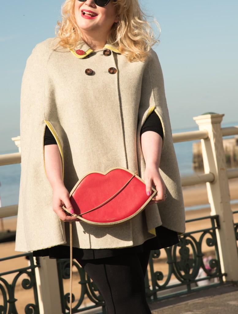 qvc lulu guinness lips handbag red metal frame clutch bag handbag