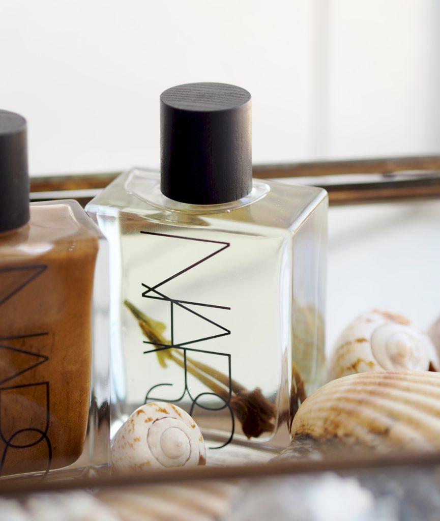 NARS-Body-Glow-Collection-monoi-oil