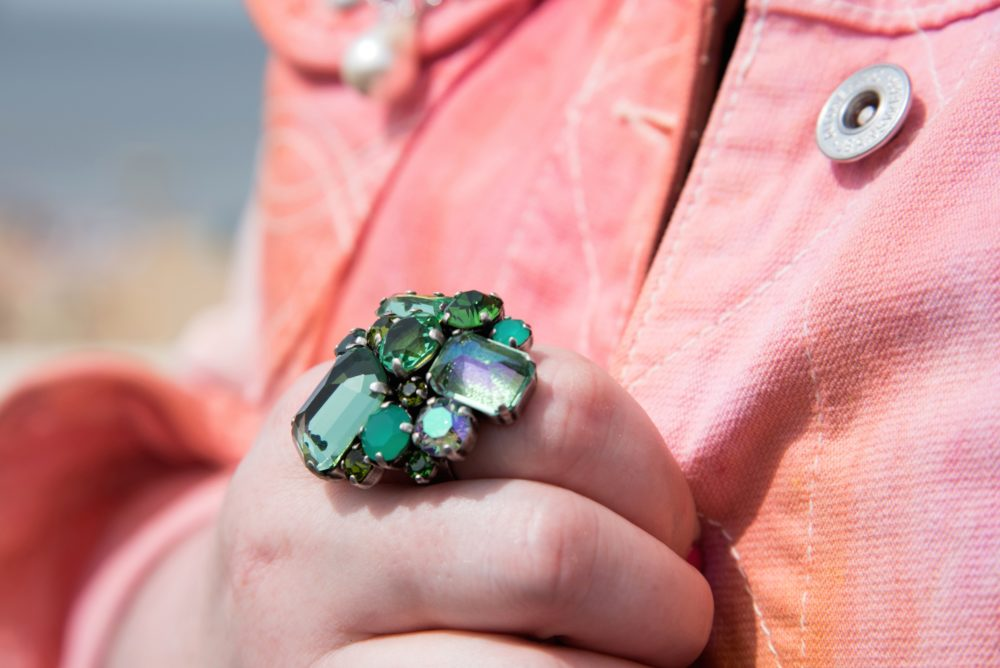 green statement ring crystals
