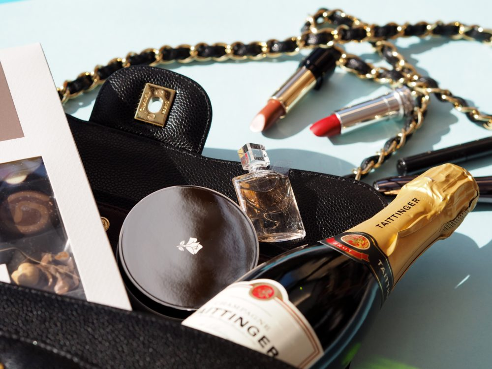 baftas-goody-bag-gifts-champagne
