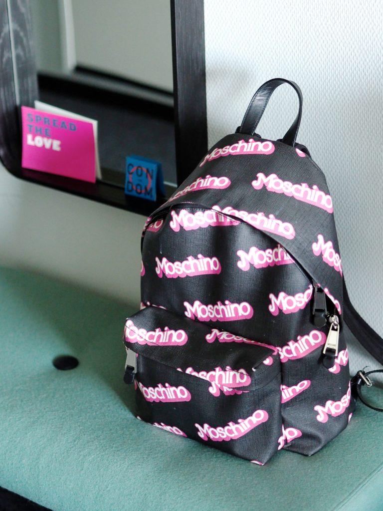 barbie-moschino-backpack