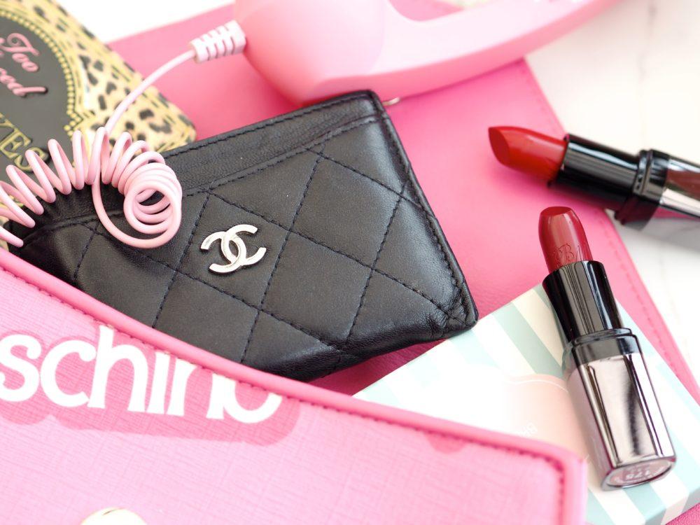 chanel-card-holder-black-leather