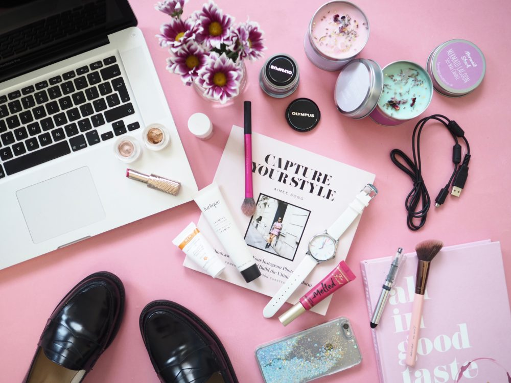 afternoon-desk-flatlay