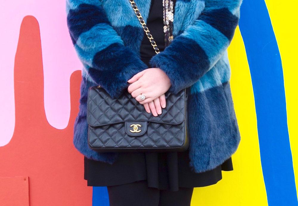 black-chanel-handbag-jumbo-large-size
