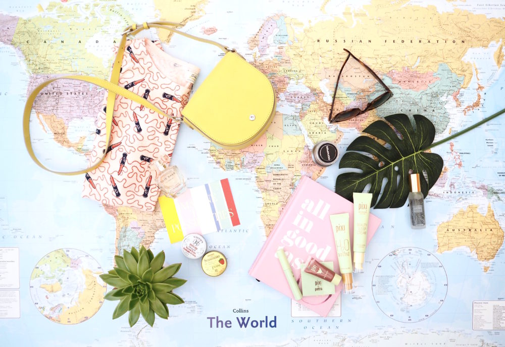 world-map-flatlay-boden-shoes-fashion-blogger