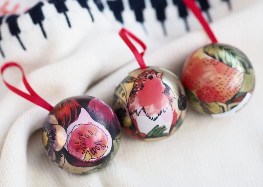 Crabtree-Evelyn-Festive-Bauble-Trio.