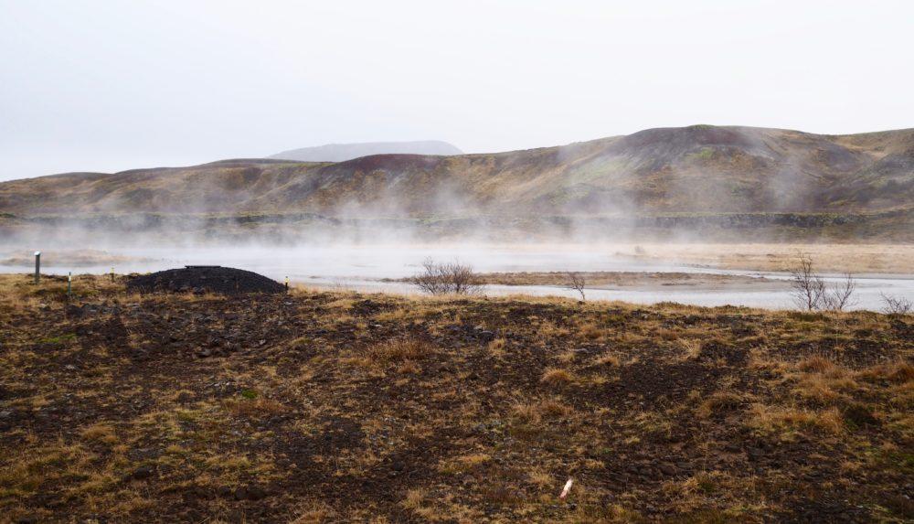 iceland landscape travel blogger