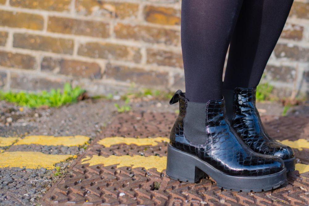 Vagabond Dioon Boots black mock croc boots