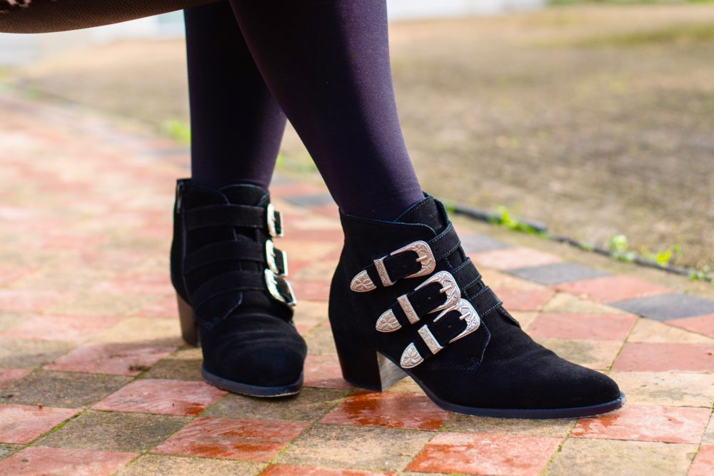 asos buckle shoes western style fashion blogger