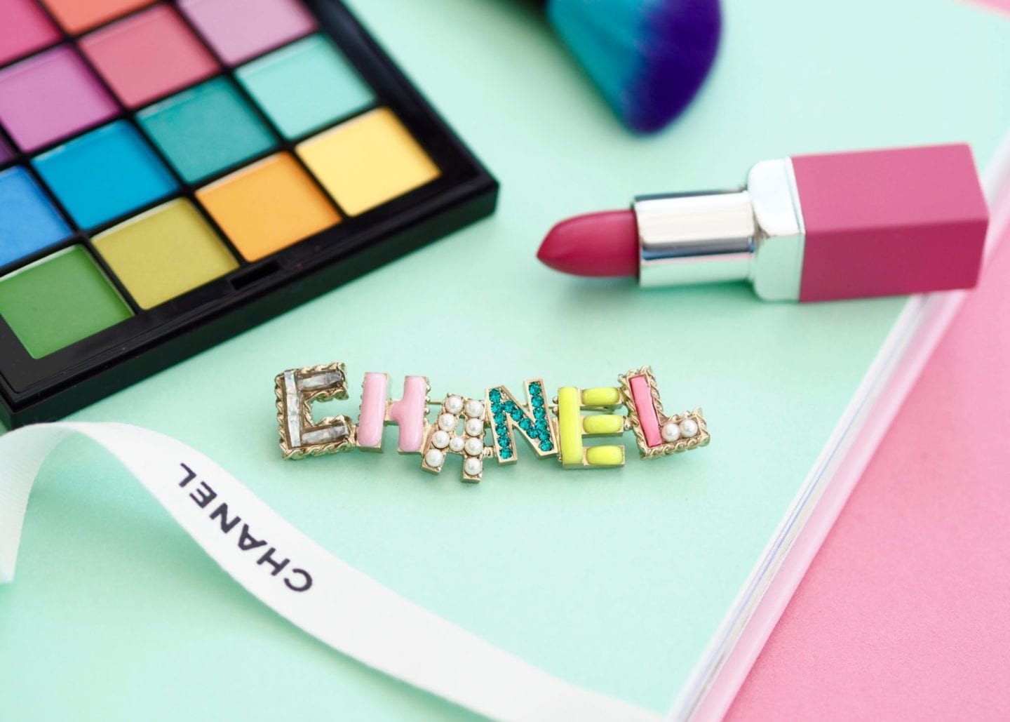chanel ss17 collection brooch