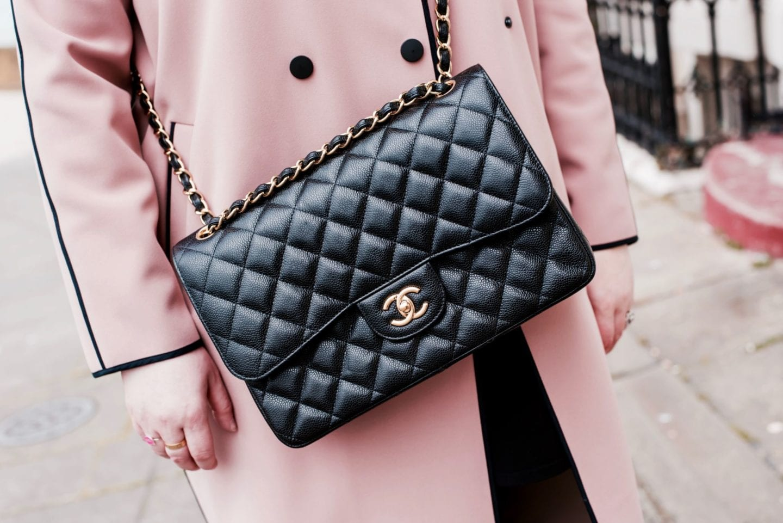 chanel jumbo handbag black leather caviar