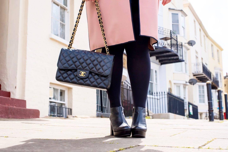 chanel leather caviar handbag gold hardwear