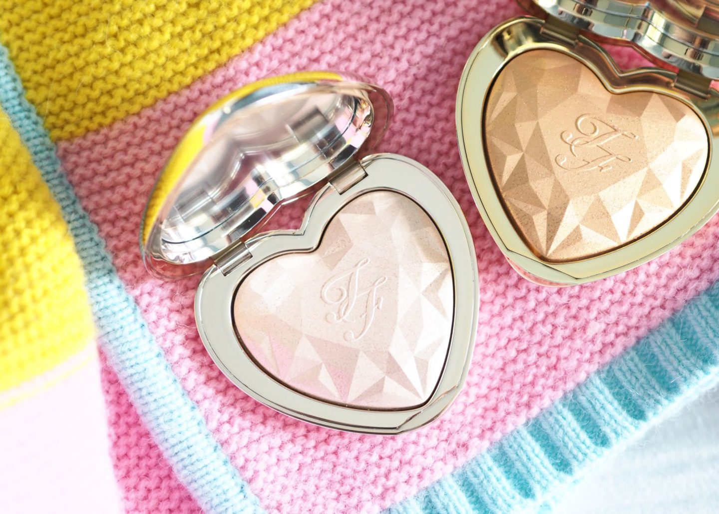 too-faced-love-light-highlighters