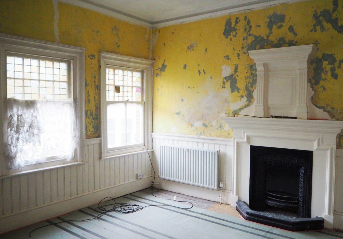 home-rennovation-fashion-for-lunch-blog-victorian-fireplace-bedroom-