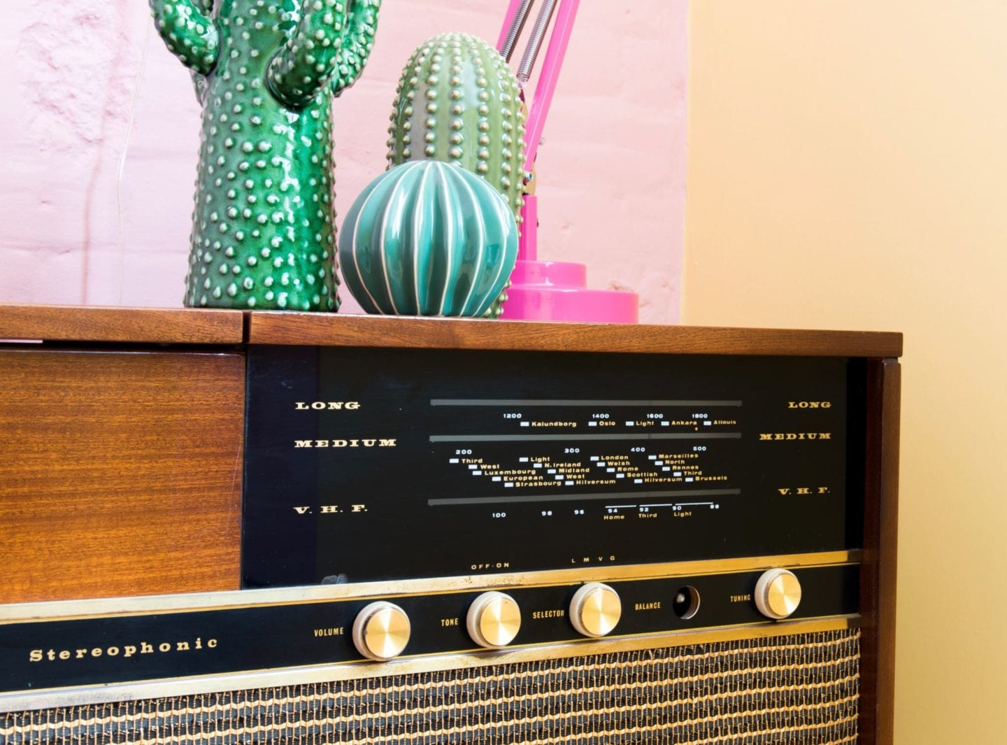 record player sideboard