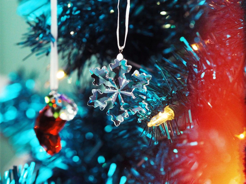 swarovski-joy-christmas-tree-decoration-xmas-crystal-paperchase-rainbow-tree