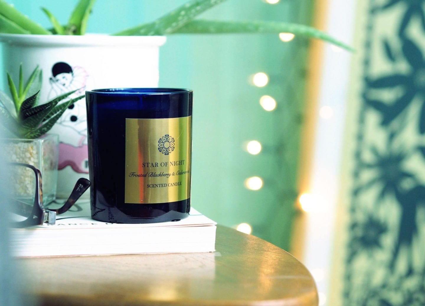 m&S beauty Frosted Blackberry & Cedarwood Scented Candle