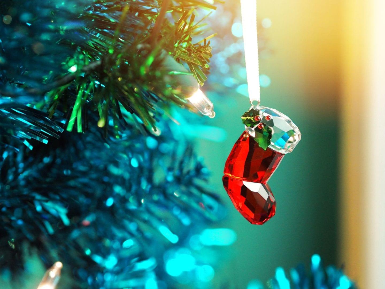 swarovski-christmas-tree-decorations