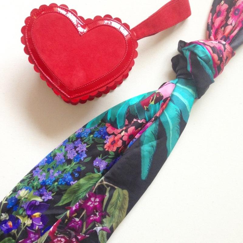 minna parikka red heart bag -cleo fern mercury scarf  fashion blog blogger personal style ootd wordpress uk british