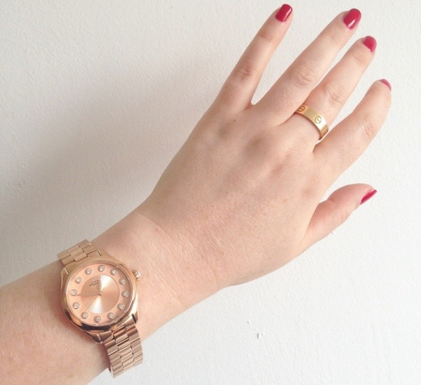 rotary watch rose gold boyfriend style cartier love ring gold rose   fashion blog blogger personal style ootd wordpress hand selfie