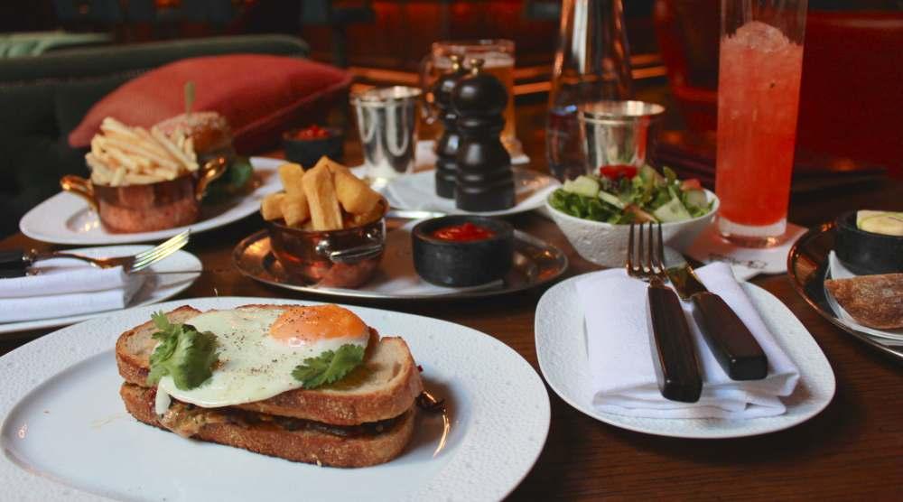 scarfes bar club sandwich holborn hotel london bike Scarfes bar rosewood hotel fashion blog blogger lunch personal style lifestyle blogger