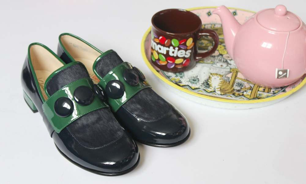 clarks x orla kiely dora loafers blue green shoes collaboration pink teapot brown vintage retro smarties mug 80s 90s fashion blogger style