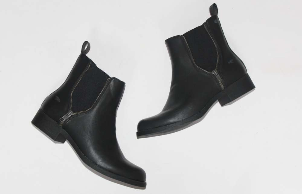 Chelsea boots… with an edge!