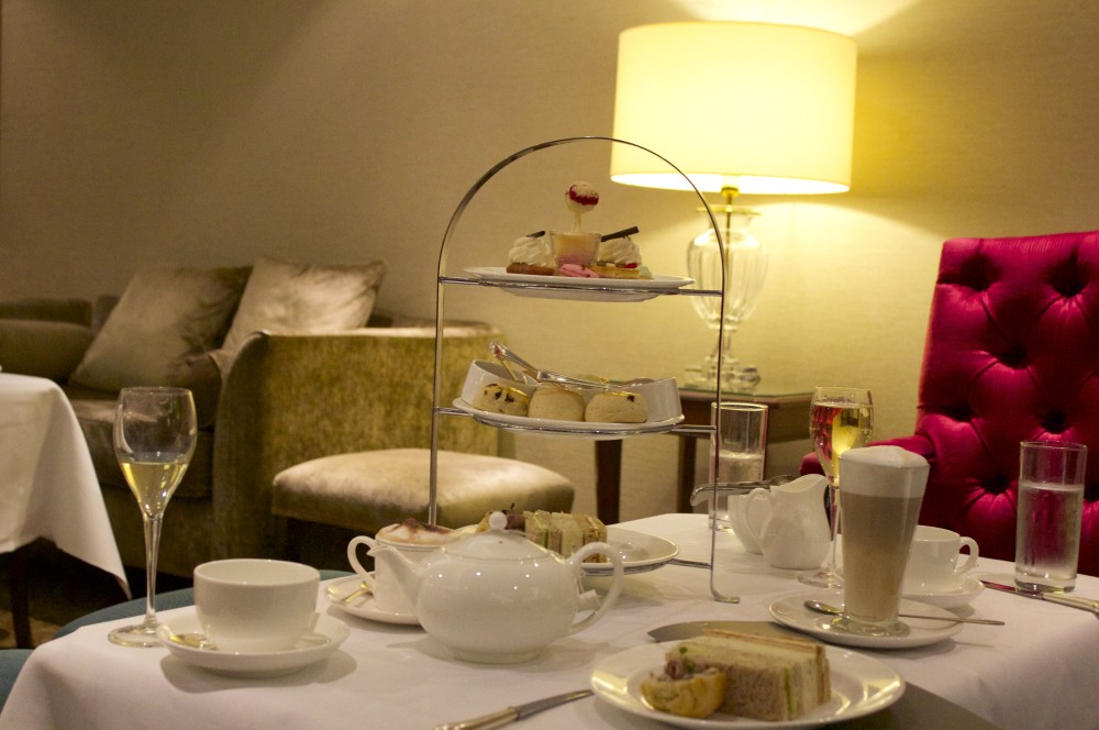 lancaster london hotel afternoon tea delicious english cakes scones