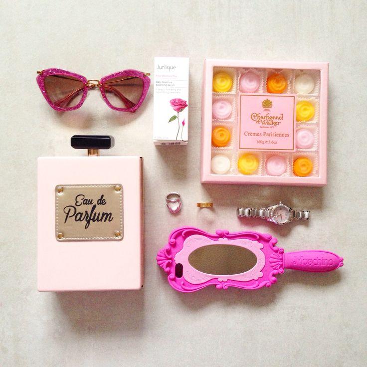 miu miu pink glitter sunglasses pretavoir moschino mirror phone case