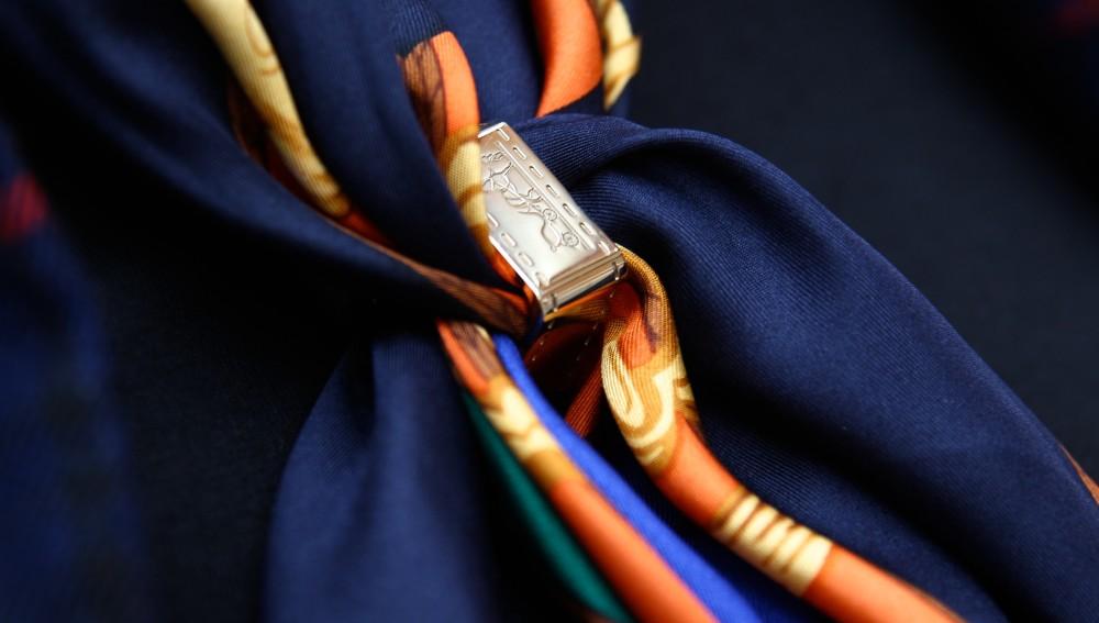 hermes gold tone scarf ring fashion blogger fblogger ralph lauren scarf luxury blog blogger