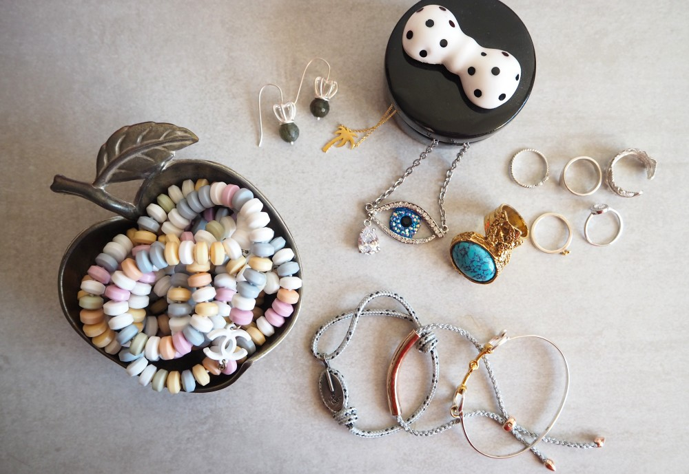 SOS! I need jewellery storage solutions!