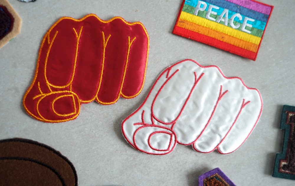 vintage retro novelty cute style sew on craft patches  letters and numbers letterman patches fighting fists punk