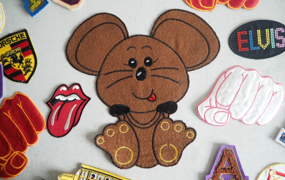 vintage retro novelty cute style sew on craft patches  letters and numbers letterman patches carton bear