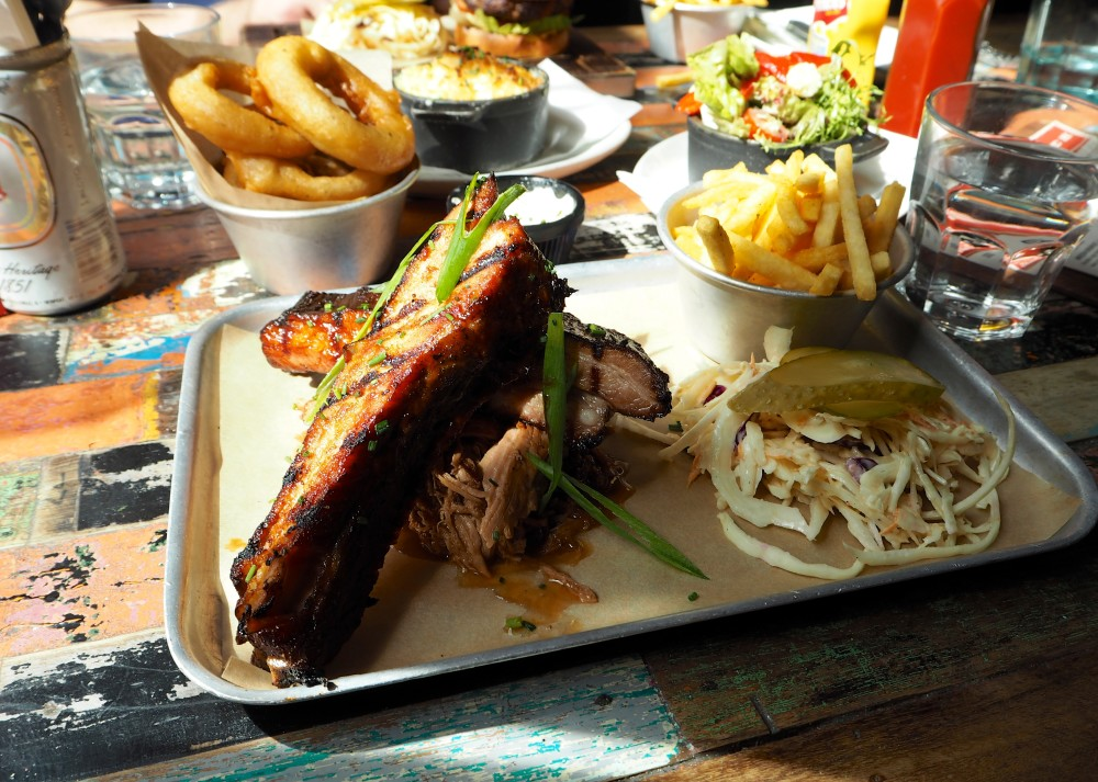 the blues kitchen shoreditch best burger cajun soul food in east london ribs and pulled pork