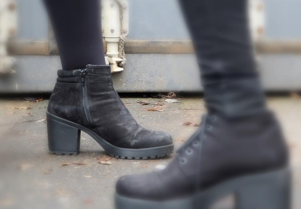 vagabond-boots nubucks black ankle boots