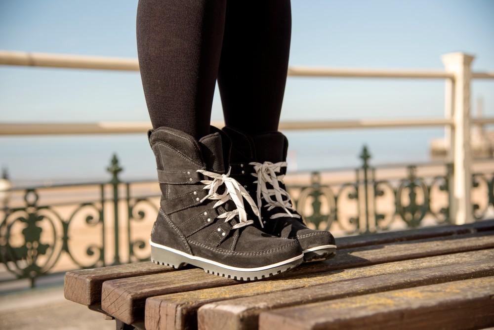 sorel boots warm waterproof black suede