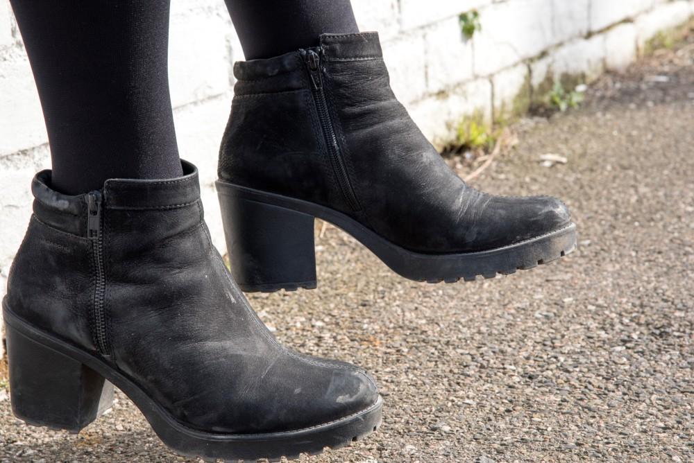 vagabond boots black nubuck grace