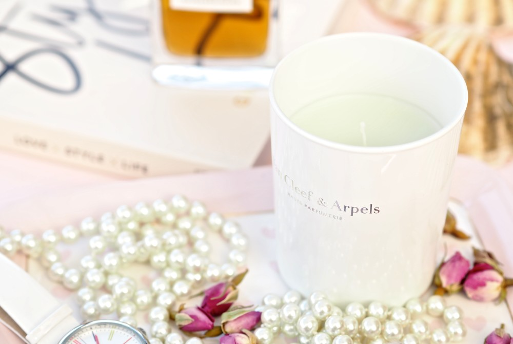Van Cleef & Arpels Free vanilla Candle With Any Perfume Purchase