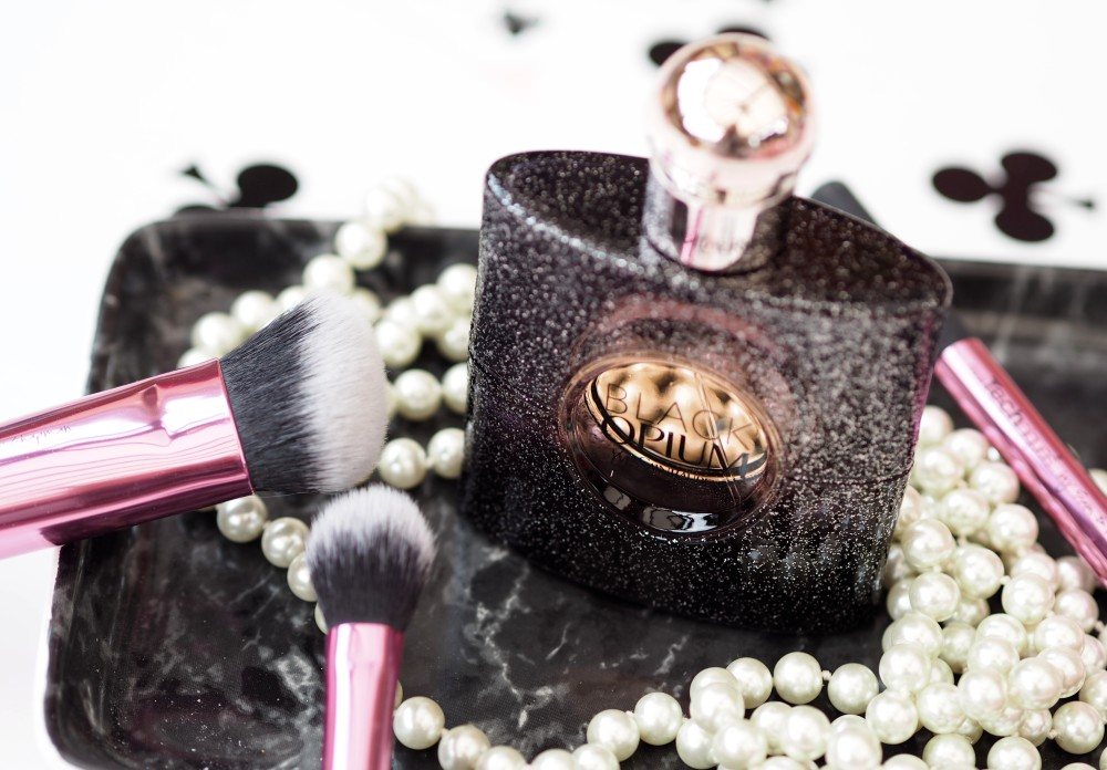 Yves Saint Laurent Black Opium Nuit Blanche perfume fragrance review