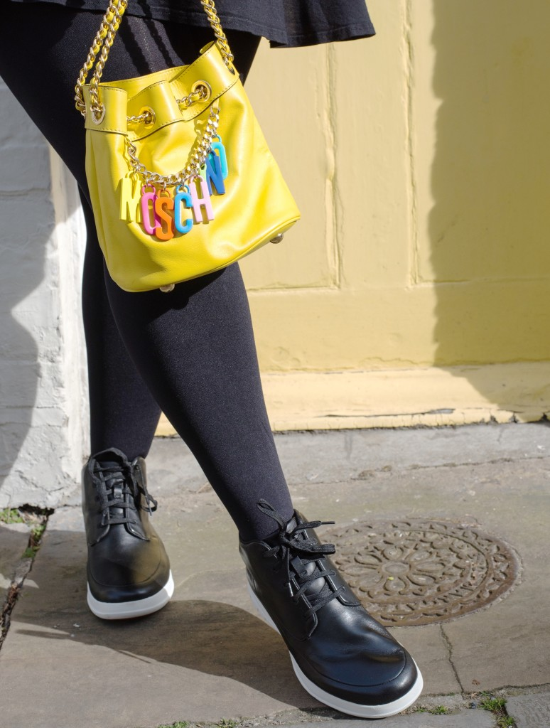 moschino yellow logo handbag bucket bag