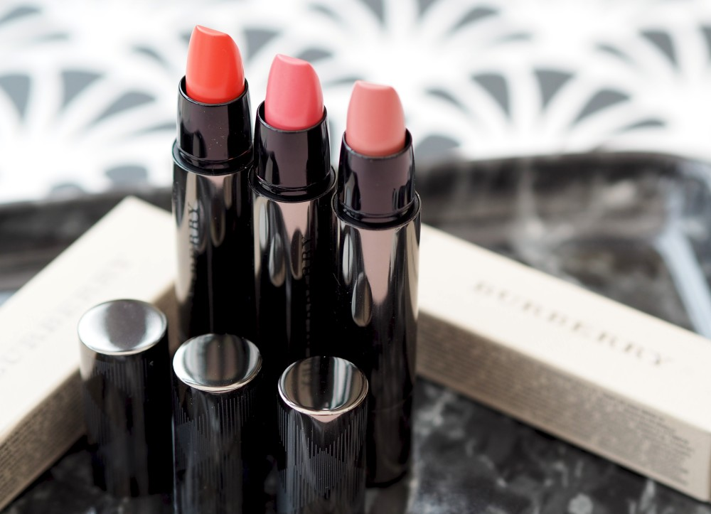 Beauty: Burberry Full Kisses lipstick swatches
