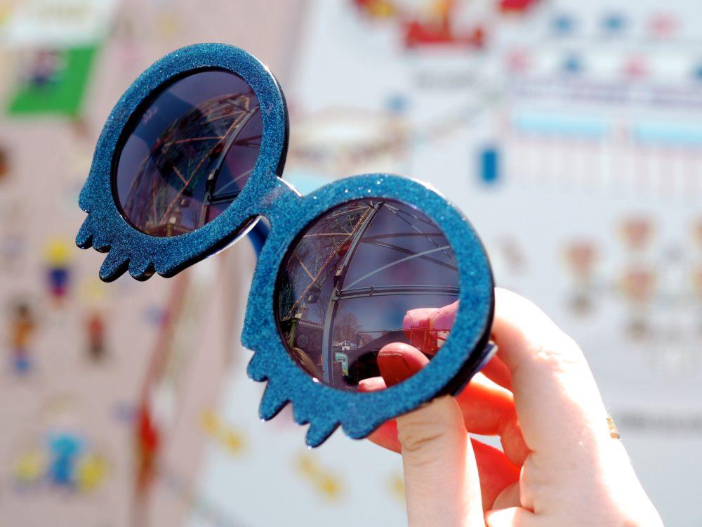 blue-glitter-dripping-melting-sunglasses