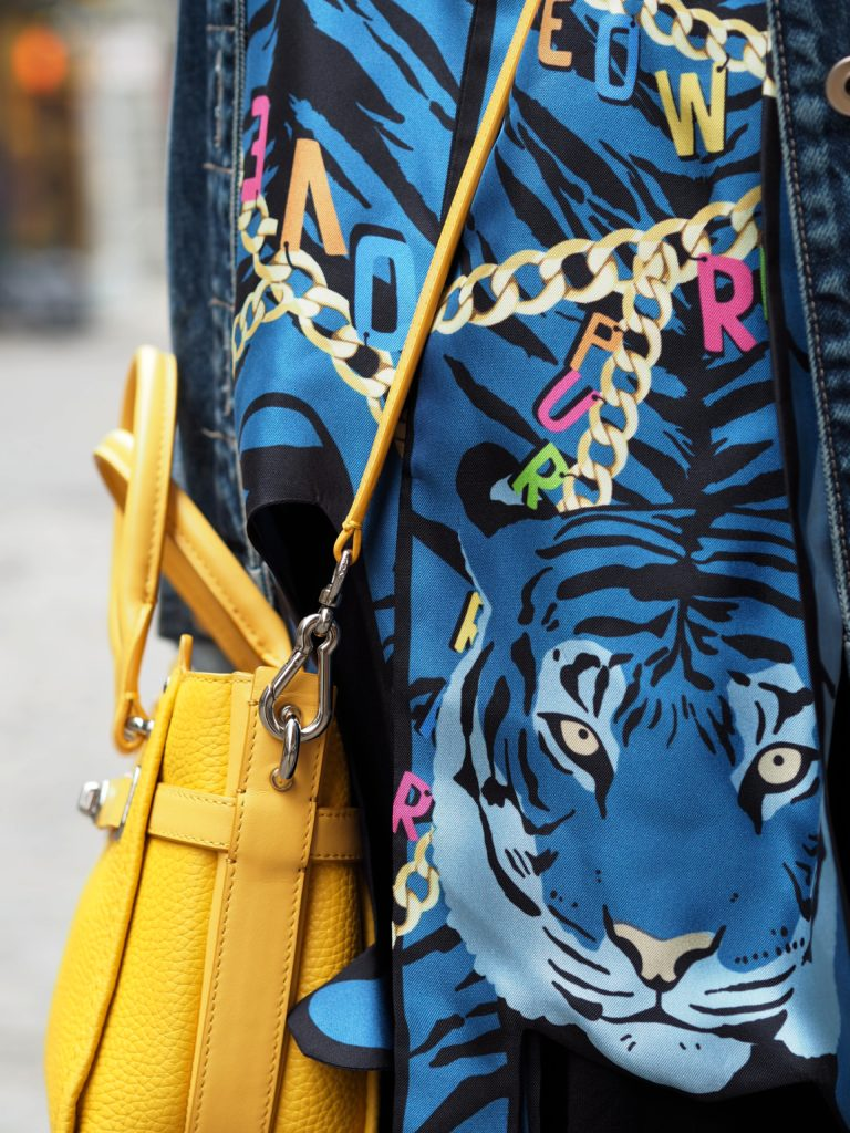 cleo-ferin-mercury-tiger-and-chains-scarf