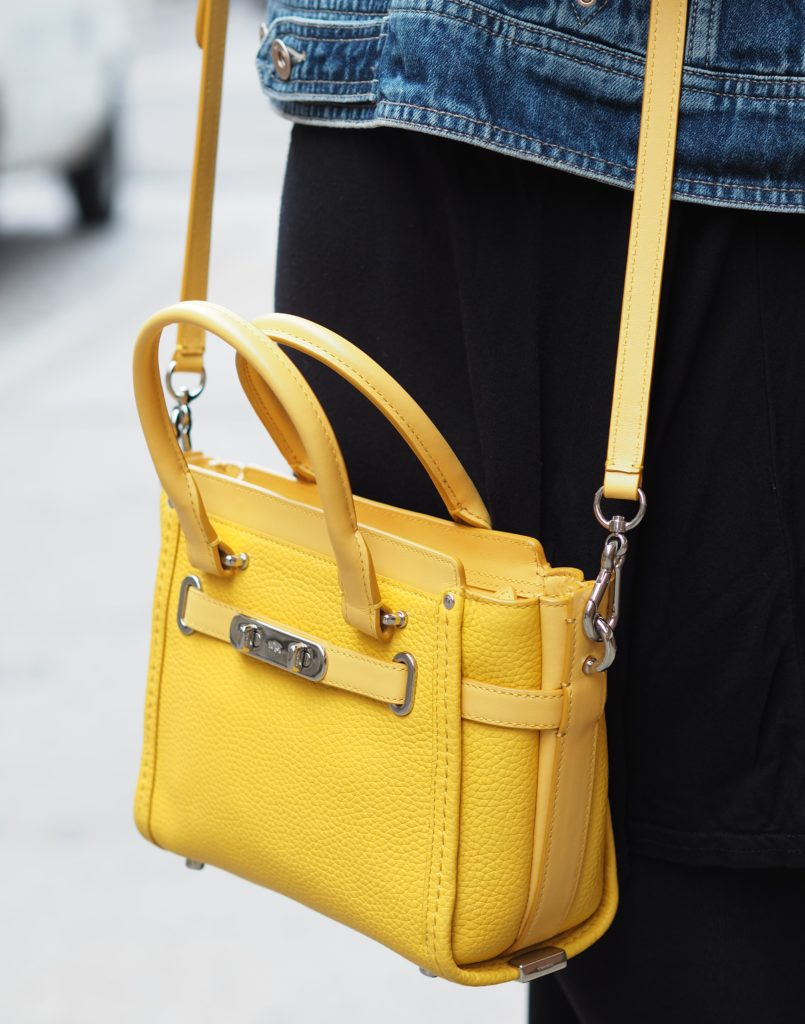 coach-mini-swagger-handbag-yellow-bag-tote-fashion-new-york