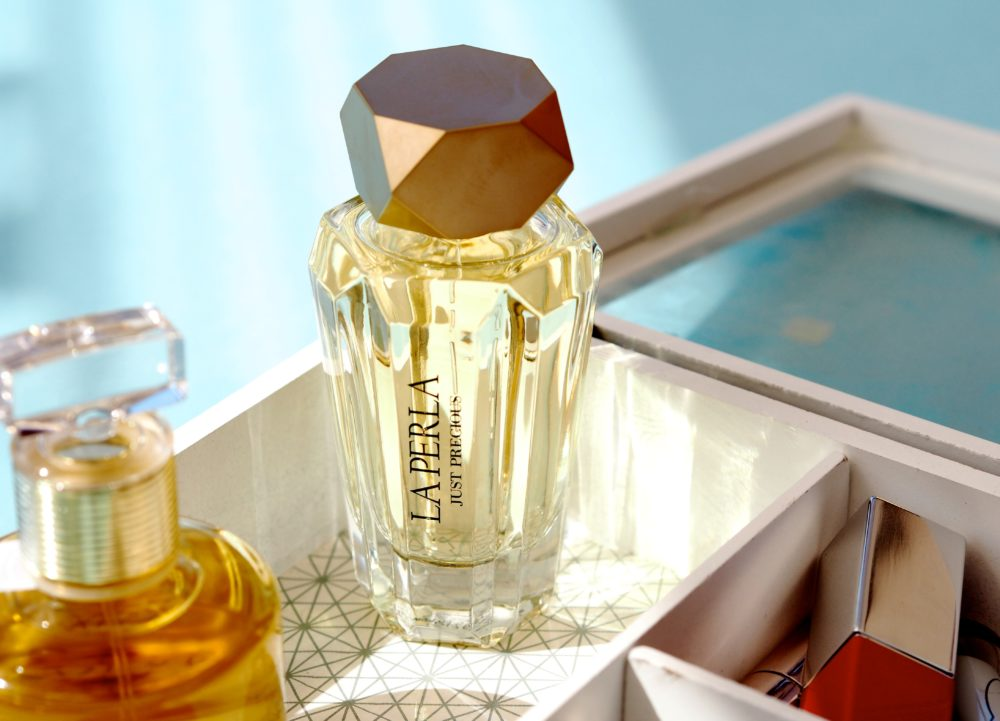 La Perla Just Precious perfume fragrance scent review