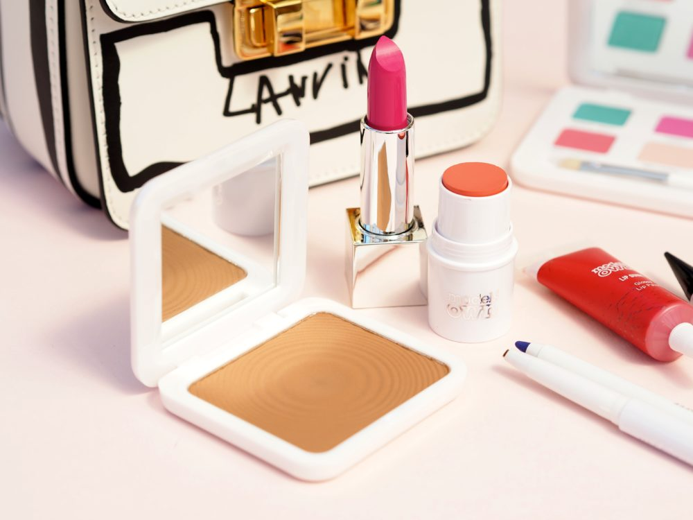 Models-Own-Make-up-Collection-bronzer